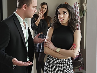 Darcie Dolce & Desiree Dulce & Van Wylde in Stepsibling Rivalry - BRAZZERS big tits foot fetish high heels