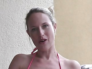 MissMia amateur blonde blowjob